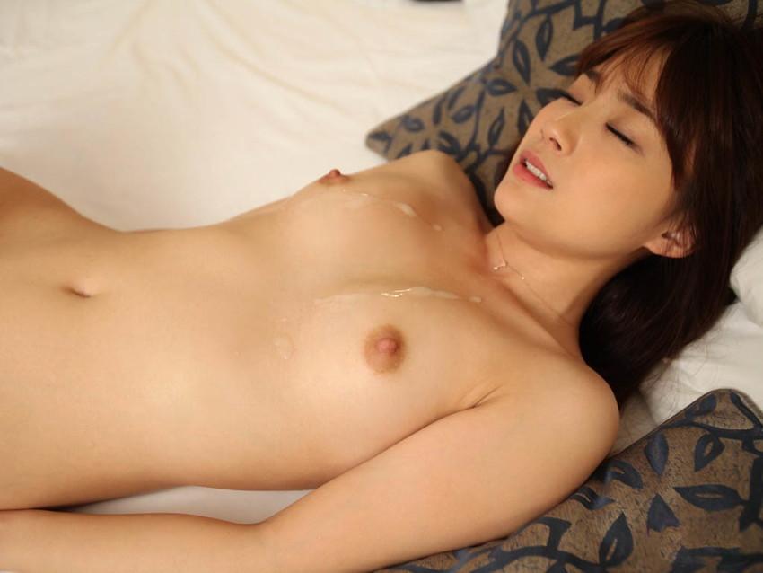 【射精エロ画像】体の至る所にザーメン!セックス事後と思われる女の子たちの画像! 26