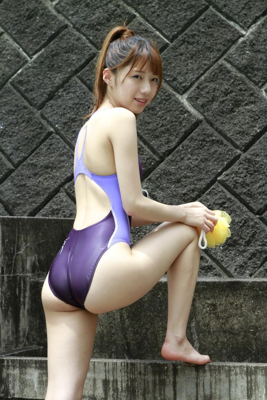 【競泳水着エロ画像】ワイ、勘違いしてた!競泳水着ってもっと地味で色気のないものだと思ってた!