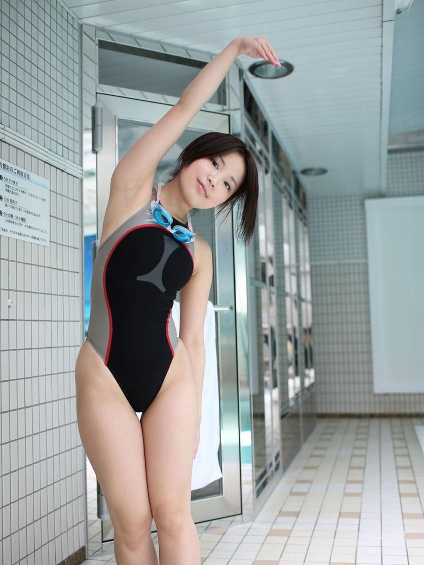 【競泳水着エロ画像】ワイ、勘違いしてた!競泳水着ってもっと地味で色気のないものだと思ってた! 08