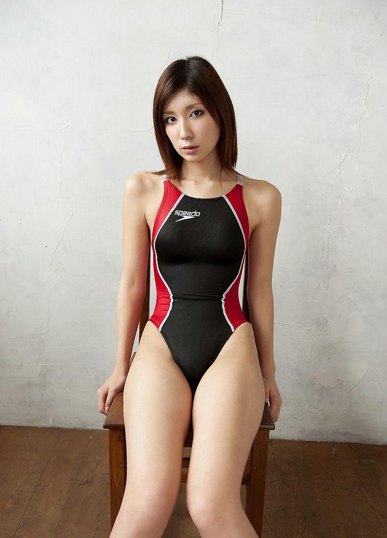 【競泳水着エロ画像】ワイ、勘違いしてた!競泳水着ってもっと地味で色気のないものだと思ってた! 29