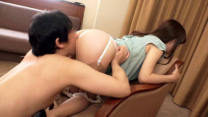 【クンニリングスエロ画像】女の子のオマンコを舐めまくりのクンニリングス! 27