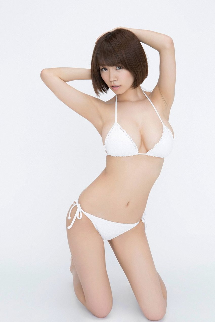 【水着エロ画像】夏にはまだ早いけど水着姿の女の子に思わずハァハァする画像ww 11