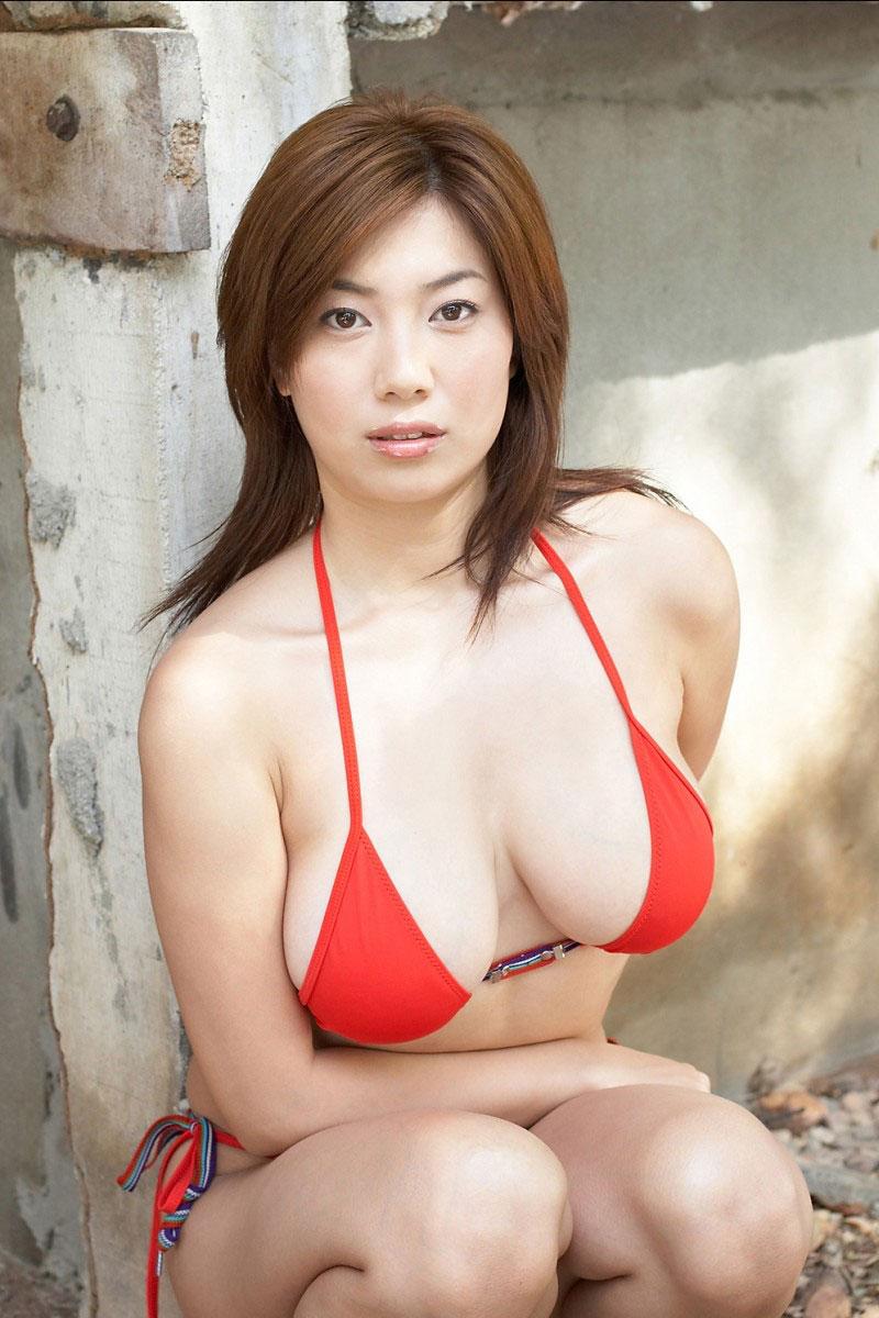 【水着エロ画像】夏にはまだ早いけど水着姿の女の子に思わずハァハァする画像ww 44