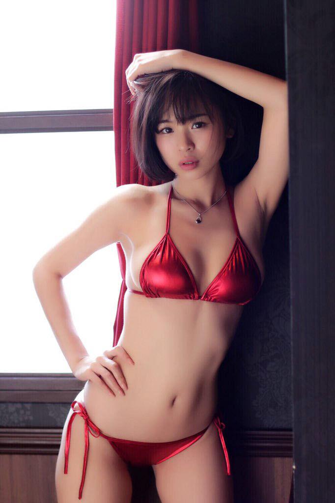 【水着エロ画像】夏にはまだ早いけど水着姿の女の子に思わずハァハァする画像ww 47