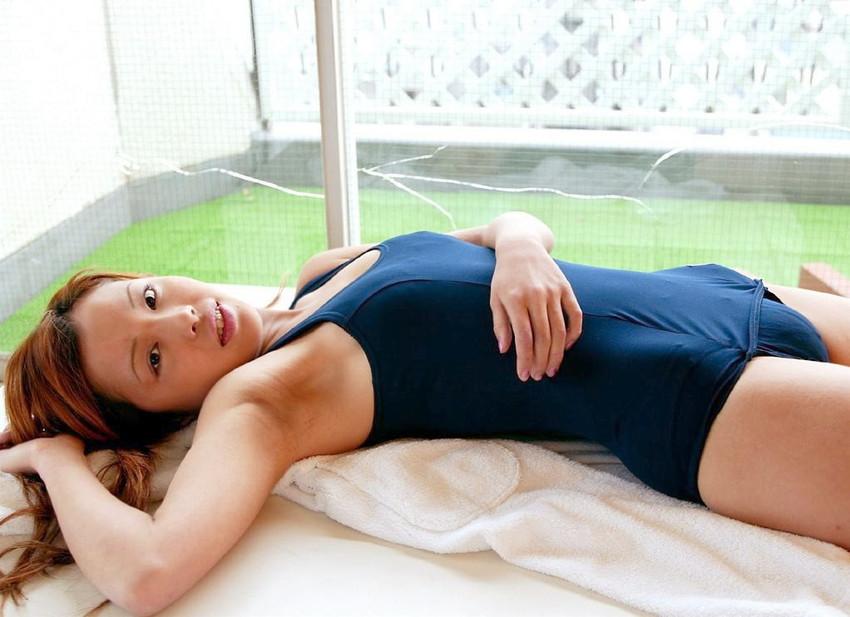 【スク水エロ画像】マニアツクなスク水姿の女の子!これもコスプレの一種だよなww 04