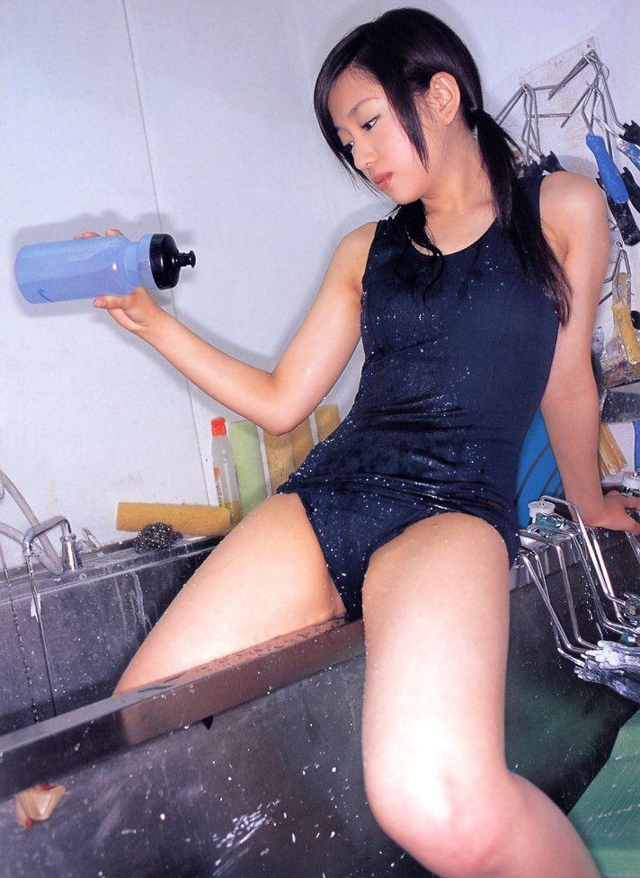 【スク水エロ画像】マニアツクなスク水姿の女の子!これもコスプレの一種だよなww 15