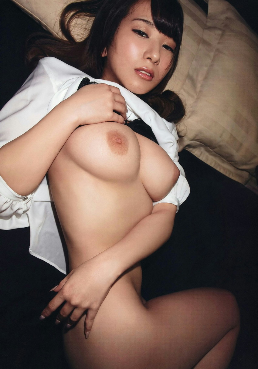 【おっぱいエロ画像】こんな可愛い女の子がおっぱいを見せ付けてくれるだと…!? 38