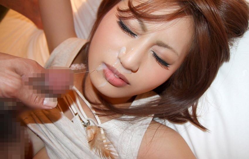 【顔射エロ画像】女の子の顔に男の欲望の汁をぶっかけて征服感を満たす顔射! 19