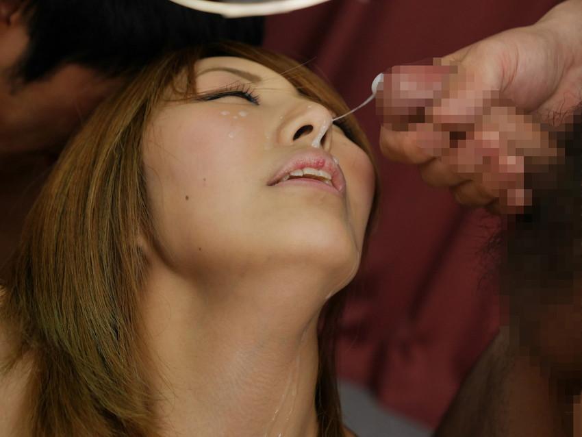 【顔射エロ画像】女の子の顔に男の欲望の汁をぶっかけて征服感を満たす顔射! 44