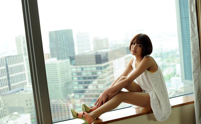 【美脚エロ画像】美しき脚線美!女の子のスラリと伸びた美脚を愛でる美脚エロ画像 41