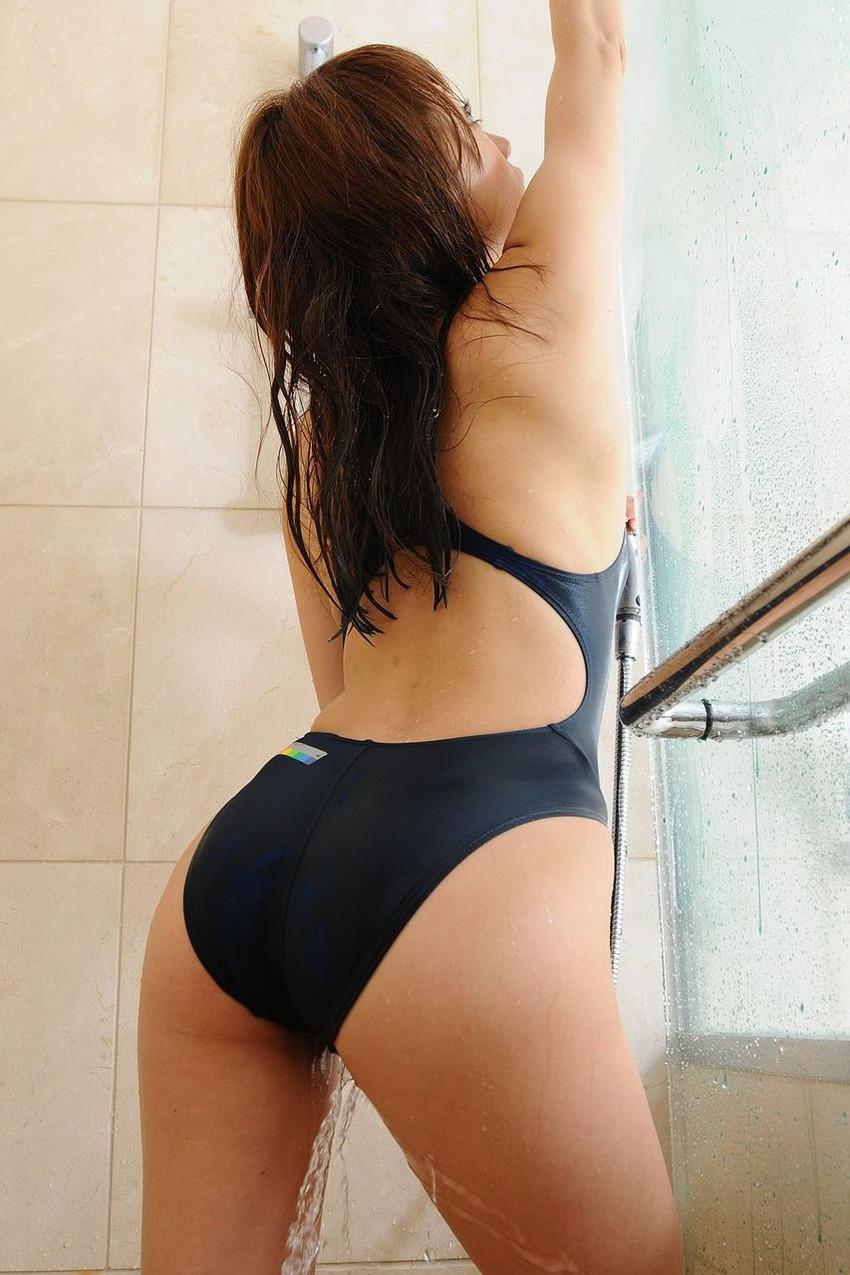 【競泳水着エロ画像】ガチでエロい水着は実は競泳水着なんじゃね?っていうエロ画像 35