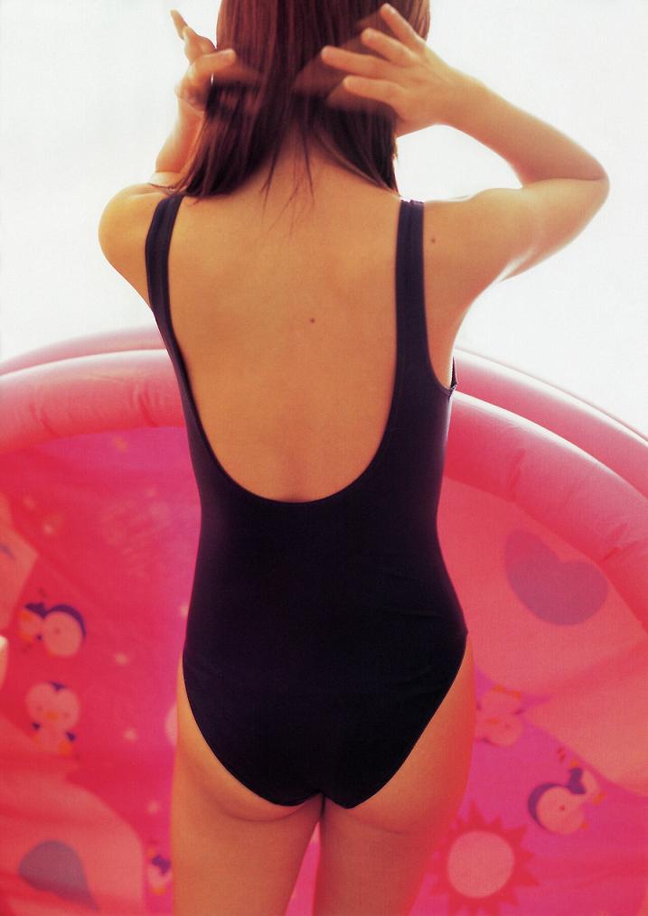 【スク水エロ画像】若かりし学生時代に抱いた劣情を思い出すスクール水着の女の子w 09
