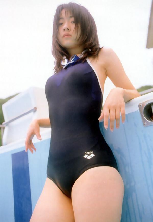 【スク水エロ画像】若かりし学生時代に抱いた劣情を思い出すスクール水着の女の子w 33