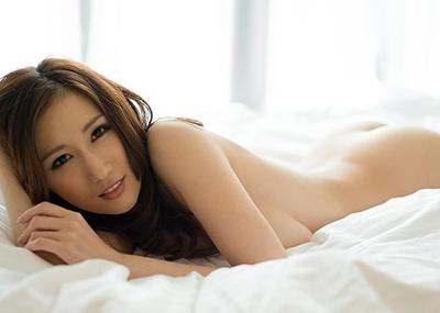 【JULIAエロ画像】美巨乳、もっと言えば神乳とも呼べるAV女優のJULIA特集!