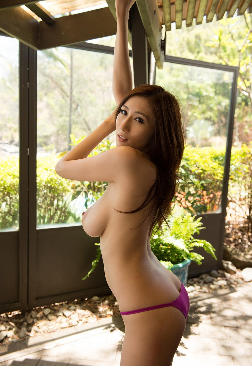 【JULIAエロ画像】美巨乳、もっと言えば神乳とも呼べるAV女優のJULIA特集! 07