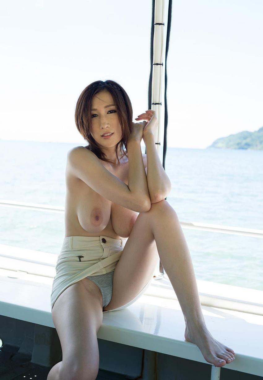 【JULIAエロ画像】美巨乳、もっと言えば神乳とも呼べるAV女優のJULIA特集! 52