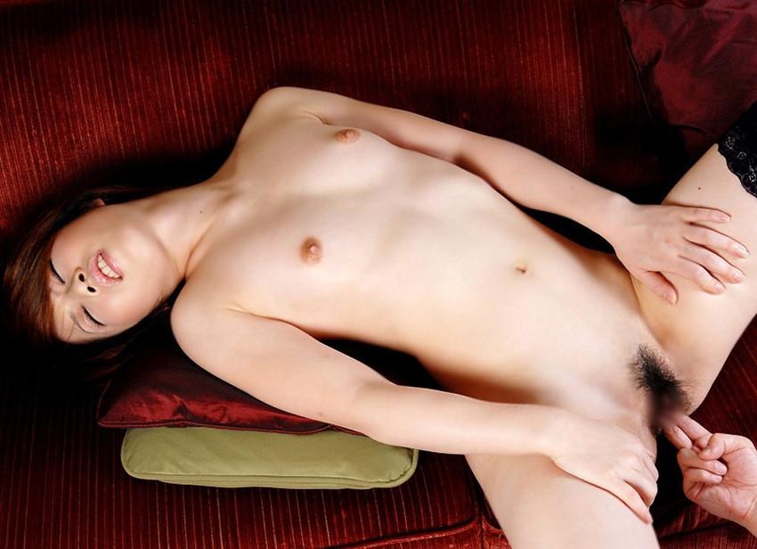 【手マンエロ画像】男の欲望の形がそのまま行動にでた前戯?手マンを特集してみたw 29