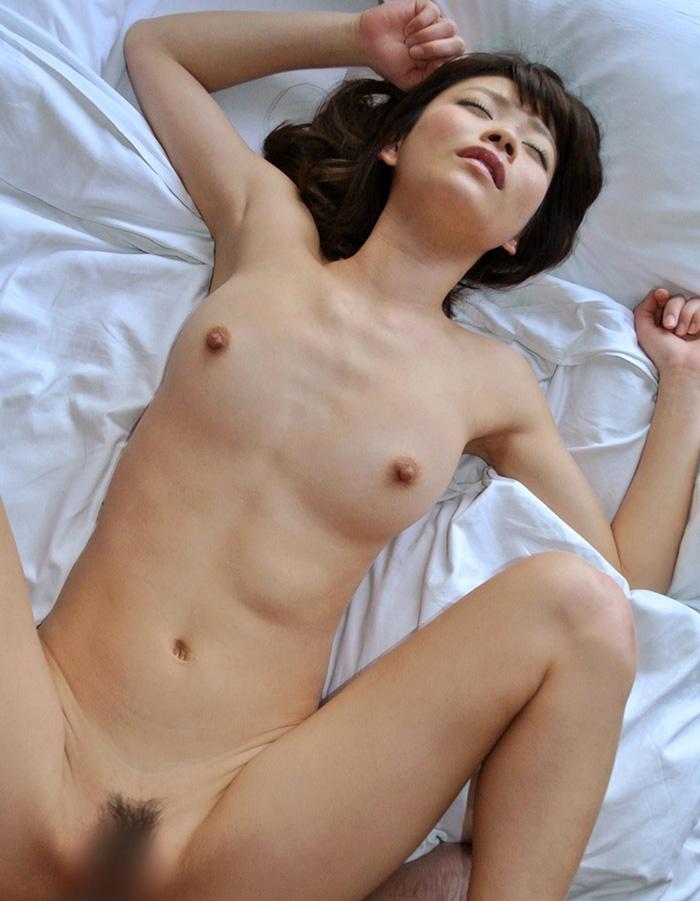【正常位エロ画像】シンプルイズベスト!なセックスの体位といったら正常位? 20