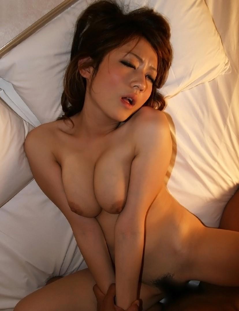 【正常位エロ画像】シンプルイズベスト!なセックスの体位といったら正常位? 44
