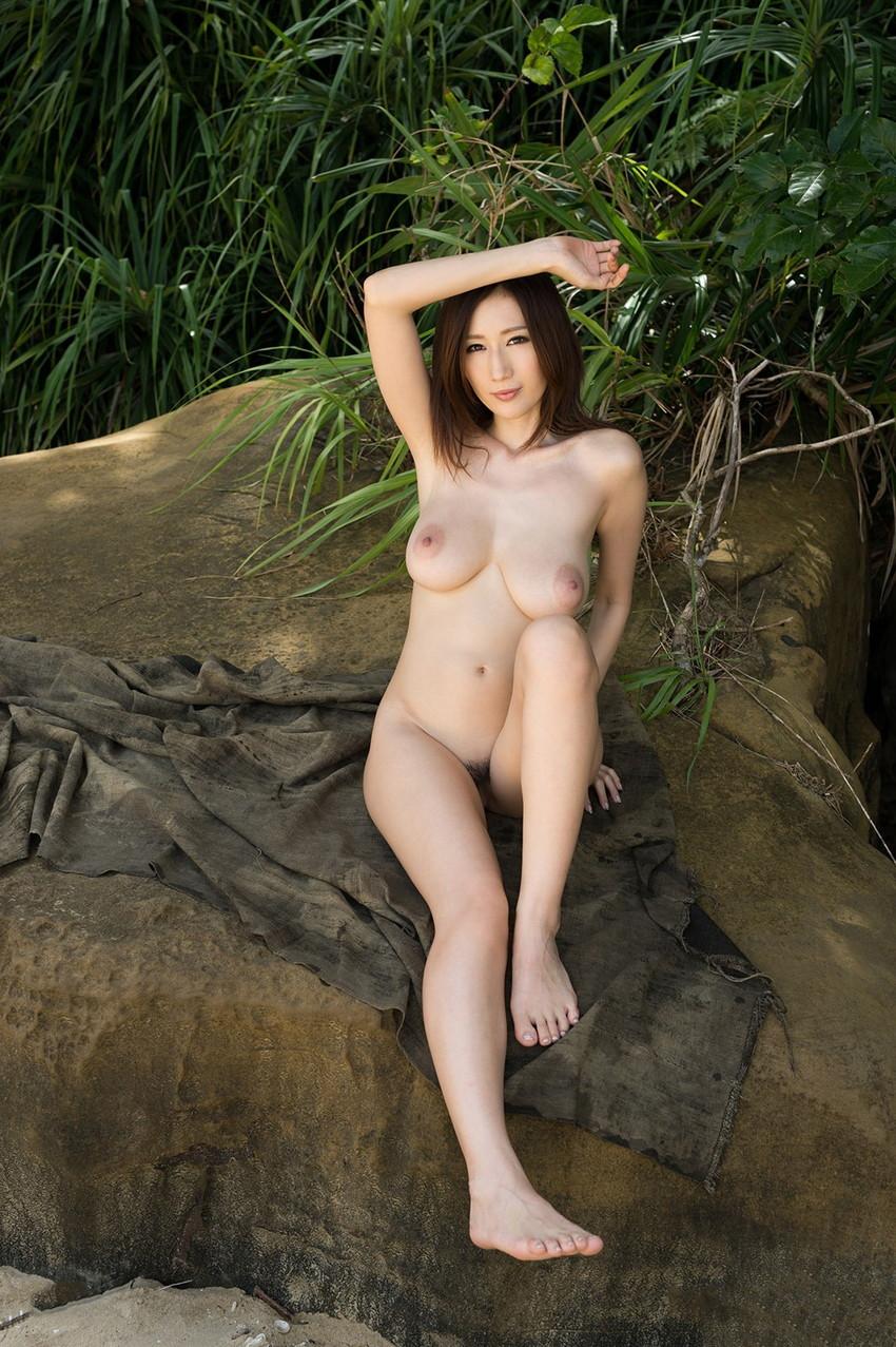 【JULIAエロ画像】美巨乳のワガママボディーの虜!JULIAさんのエロ画像 30