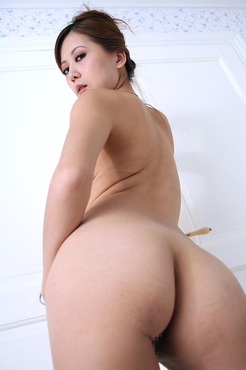 【美尻エロ画像】女の子らしい丸いお尻が最高!美尻といわれる女の子たち! 05