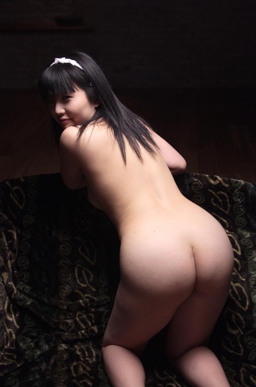 【美尻エロ画像】女の子らしい丸いお尻が最高!美尻といわれる女の子たち! 22