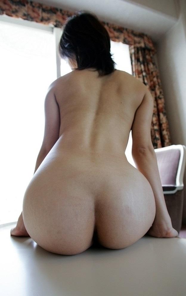 【美尻エロ画像】女の子らしい丸いお尻が最高!美尻といわれる女の子たち! 49