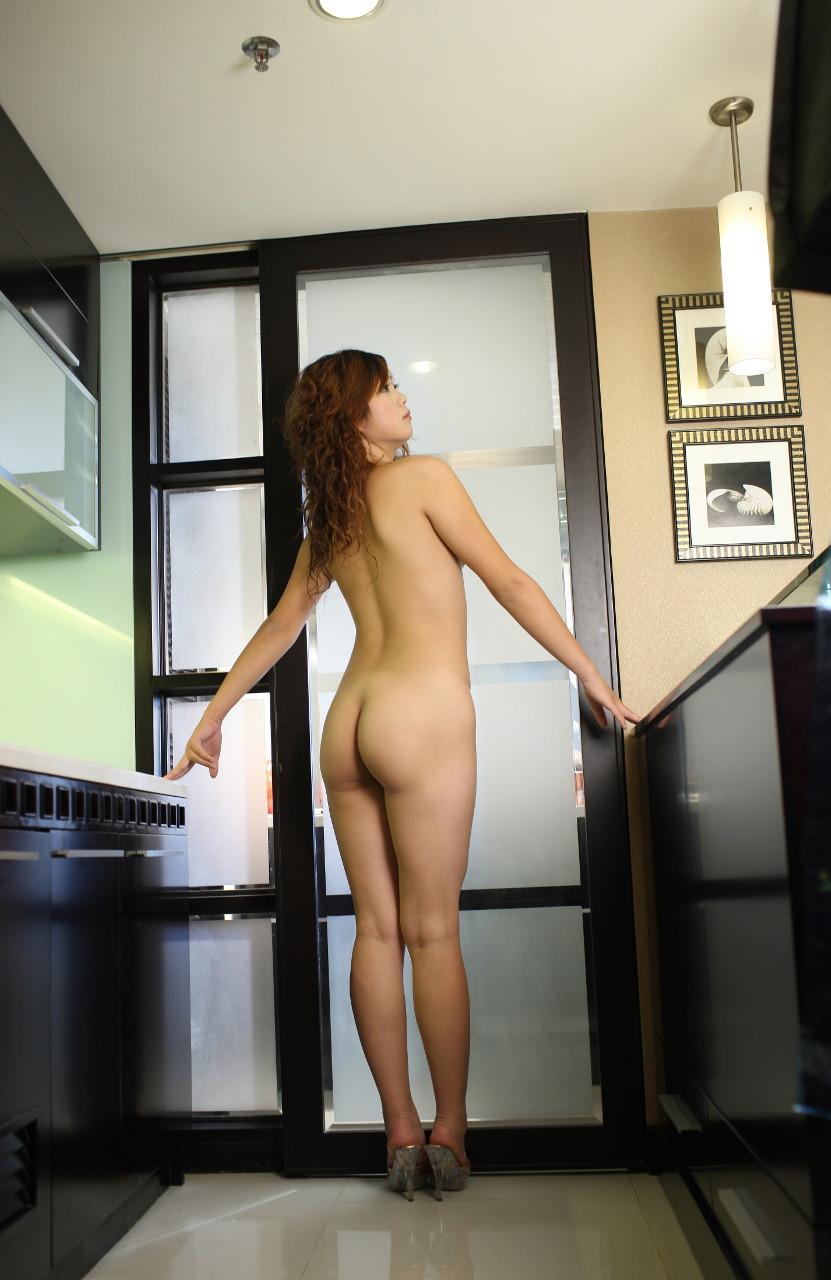 【美尻エロ画像】女の子らしい丸いお尻が最高!美尻といわれる女の子たち! 56