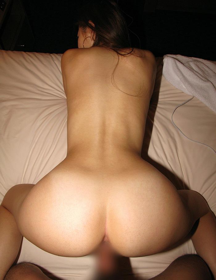 【バックエロ画像】お尻好きの男が好むというお尻を眺めながらハメられる体位! 38