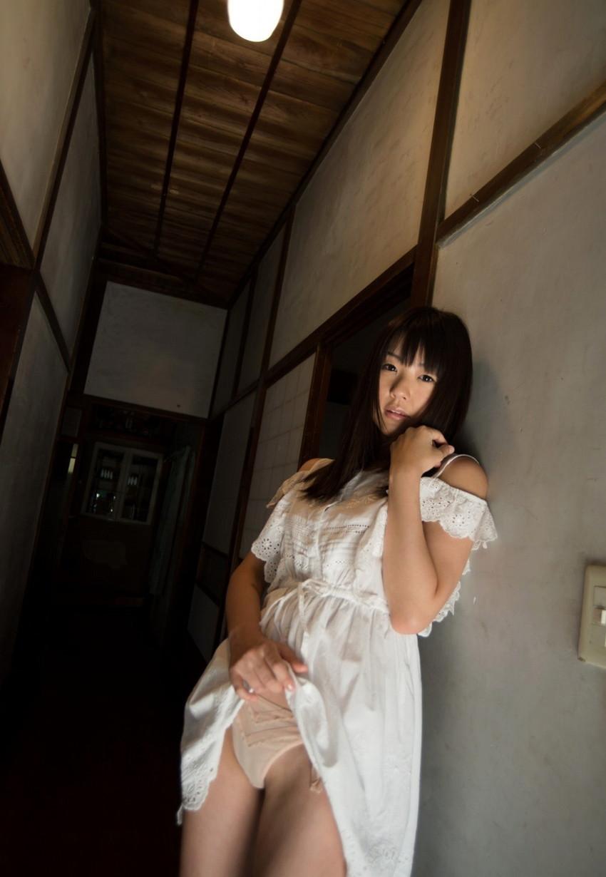 【つぼみエロ画像】ロリ系、妹系として名高い人気AV女優のつぼみさんの画像集めたった! 36
