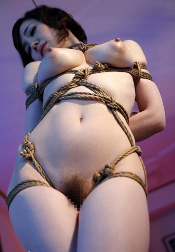 【緊縛エロ画像】マンネリカップルよ、お試しあれ!緊縛された女の子の身体がソソる! 10