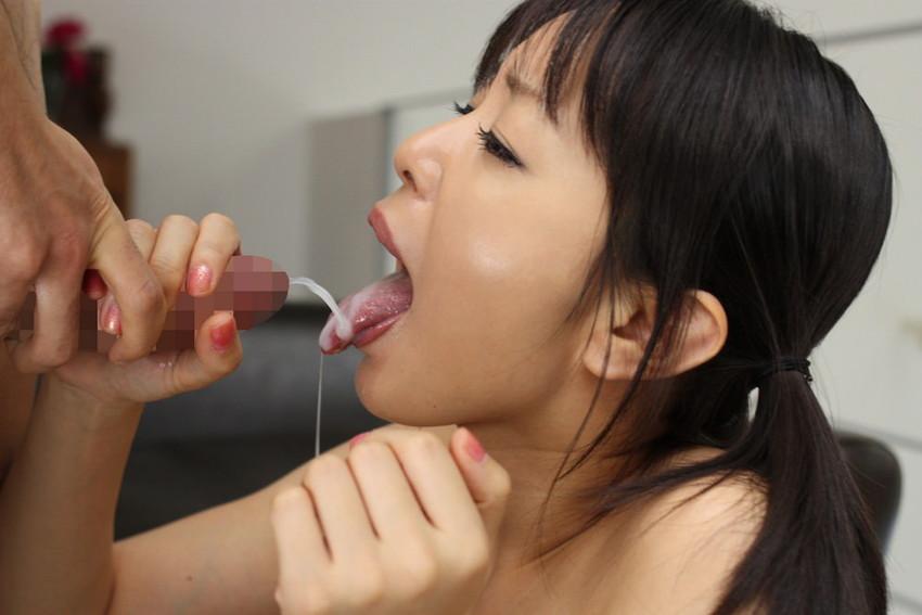 【口内発射エロ画像】口内に精子ぶちまけられてご満悦のドスケベ女たちの満足顔ww 39