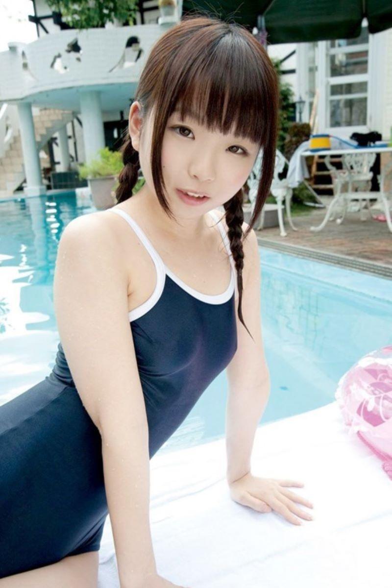 【スク水エロ画像】学生時代の水泳の授業で女子の水着が気になって仕方なかったやつ必見ww 37