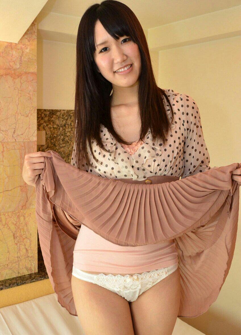 【セルフパンチラエロ画像】見てもいいよ?自らスカートの中身を見せ付ける女エロッ! 12
