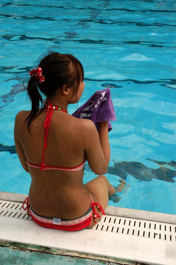 【素人水着エロ画像】うっとおしい梅雨が終わればいよいよ素人娘の水着の季節! 33