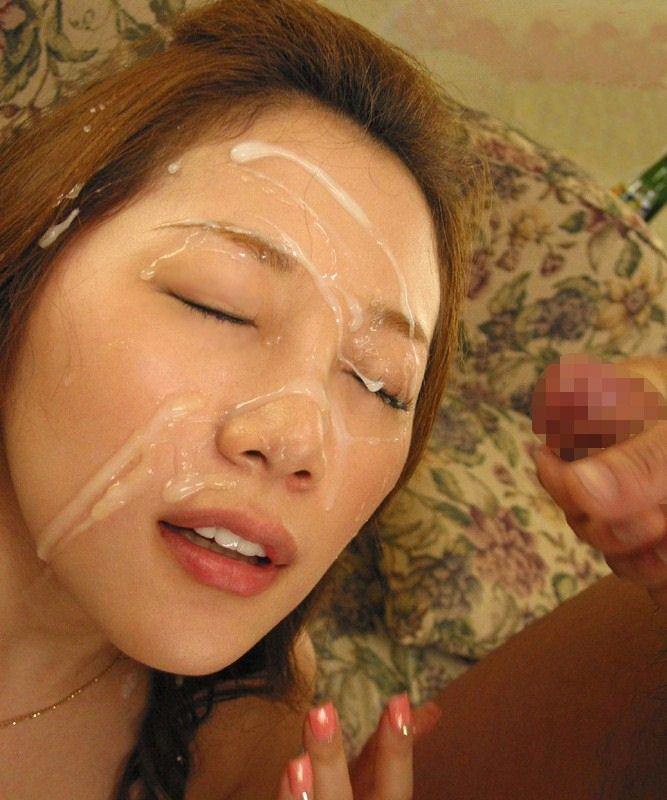 【顔射エロ画像】卑猥なフィニッシュ!顔面に精液をぶっかけられた女たち! 02