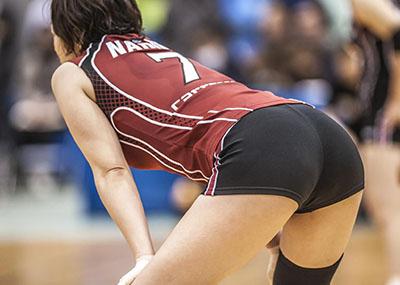【尻エ□画像】バレーボール選手のプリケツ、パンツおもっくそ透けてて草wwwwwww(画像あり)