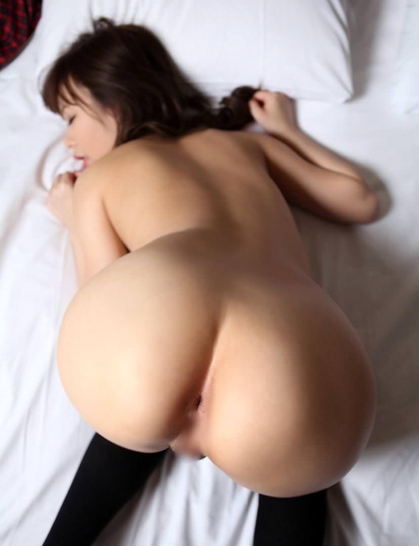 【アナルエロ画像】女の子のアノ部分が丸見え!恥ずかしすぎるアナル画像 07