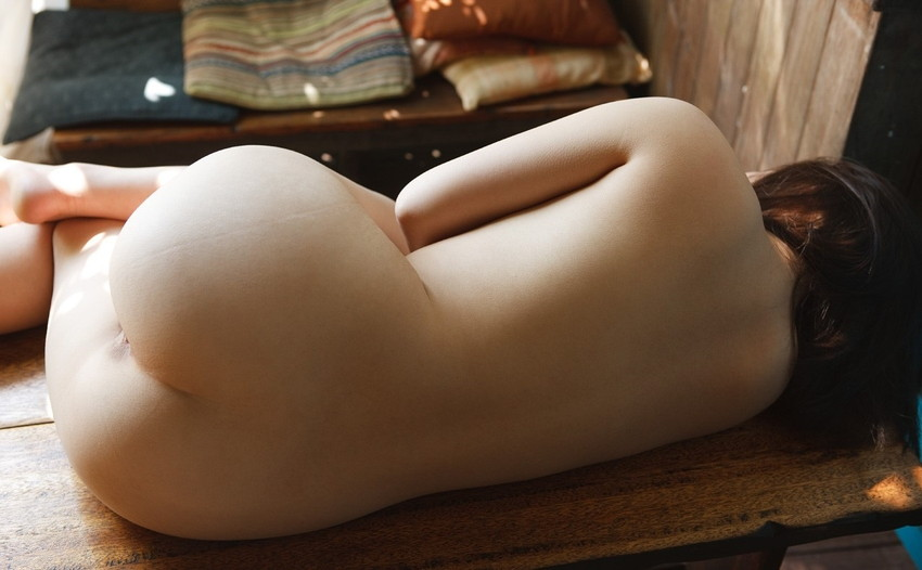 【美尻エロ画像】女の子らしい丸みのあるお尻に興奮するやつ、寄って来い! 03