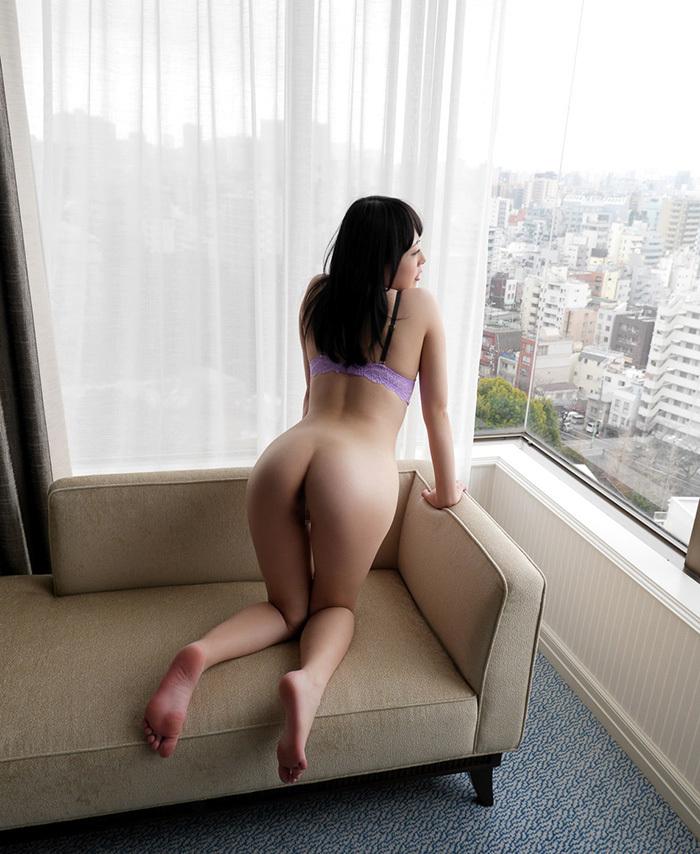 【美尻エロ画像】女の子らしい丸みのあるお尻に興奮するやつ、寄って来い! 23