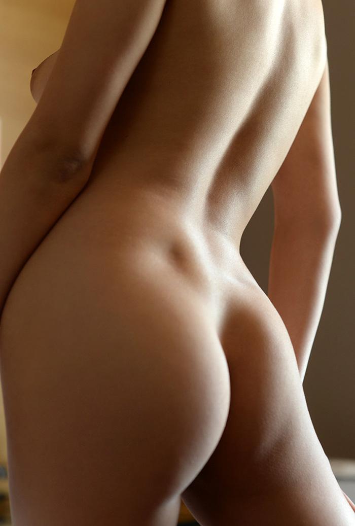 【美尻エロ画像】女の子らしい丸みのあるお尻に興奮するやつ、寄って来い! 45