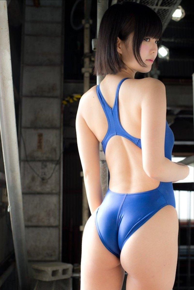【競泳水着エロ画像】なんだ、競泳水着か…と侮ることなかれ!エロ過ぎ競泳水着! 40