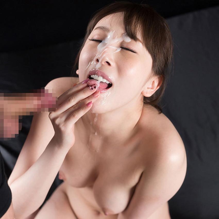 【顔射エロ画像】マニアック!?それでも一度は試してみたい顔射の餌食になった女子! 44