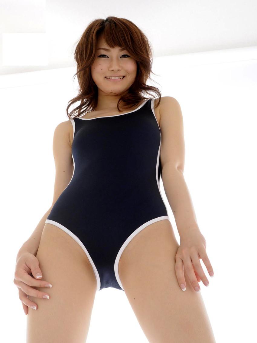 【スクール水着エロ画像】スクール水着をきた女の子たちの画像がめっちゃシコッ! 47