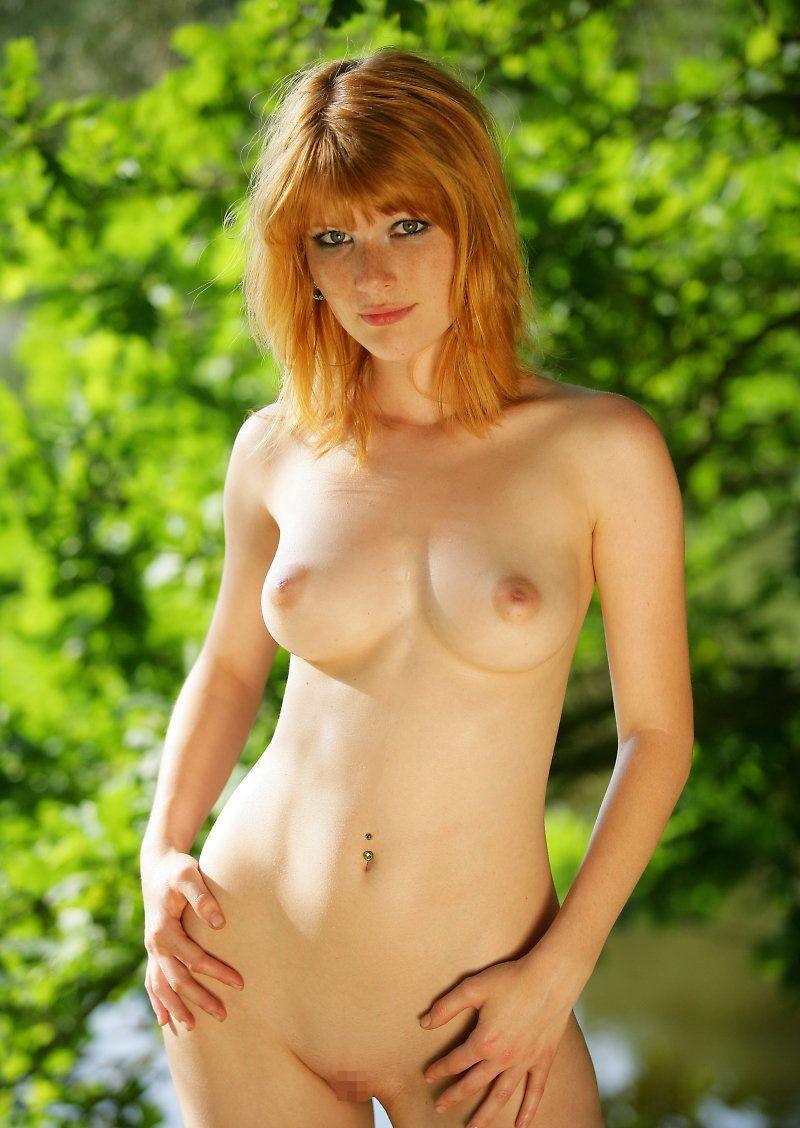 【海外ヌードエロ画像】透き通るほどの白い肌の海外女性ヌードがめっちゃシコッ! 18