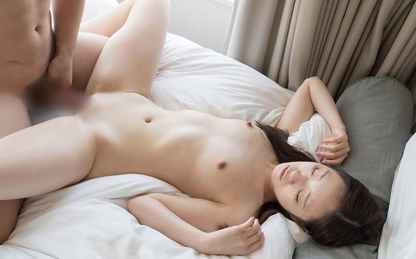 【正常位エロ画像】セックスの正常位っていう体位、こうしてみるとエロいだろw 02