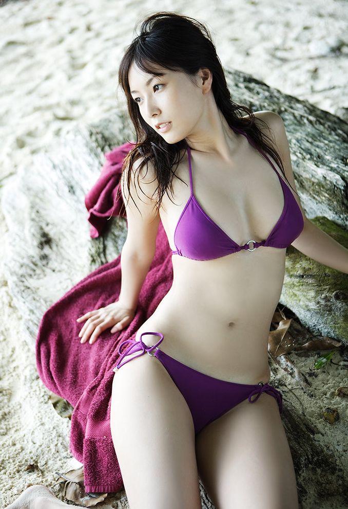 【ビキニエロ画像】下着とどこが違うの?ビキニ水着ってまるっきり下着じゃね? 06