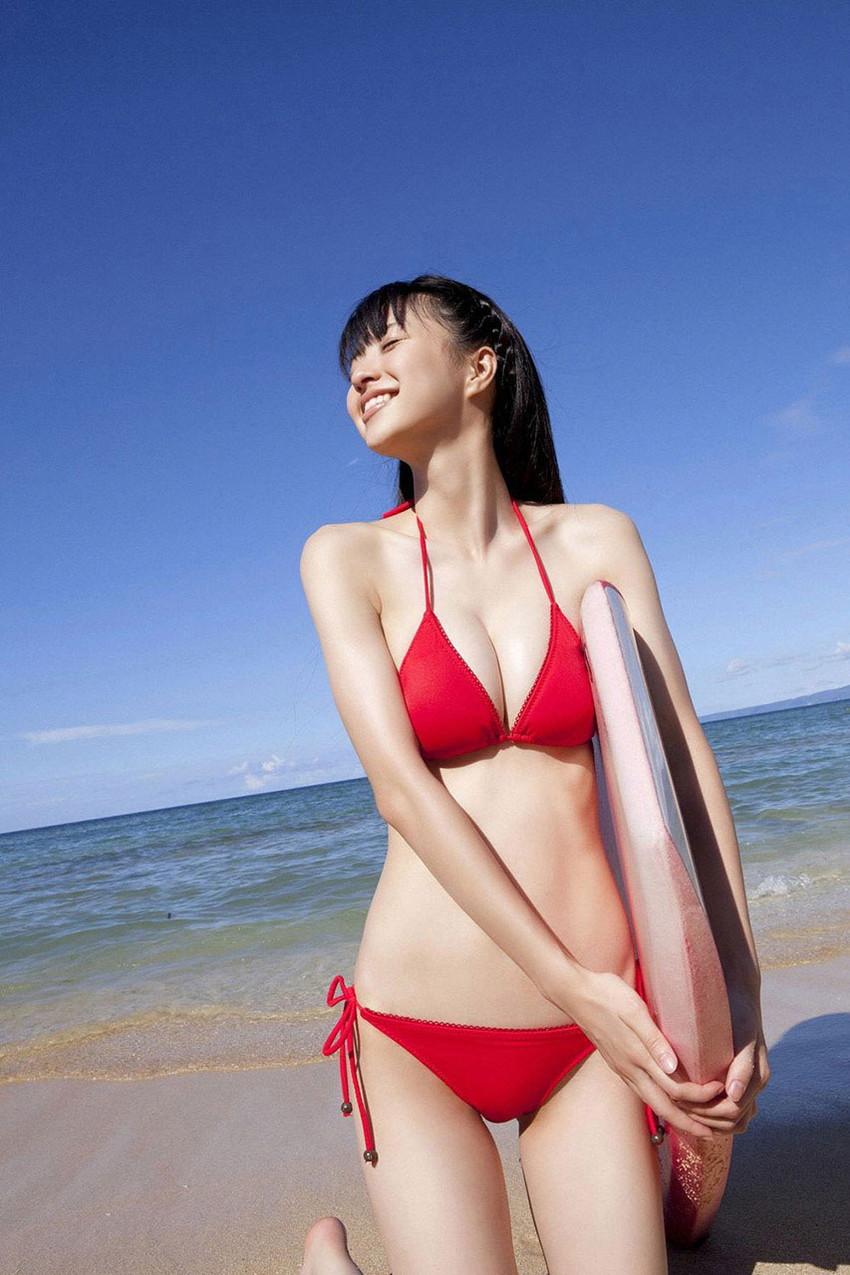 【ビキニエロ画像】下着とどこが違うの?ビキニ水着ってまるっきり下着じゃね? 32