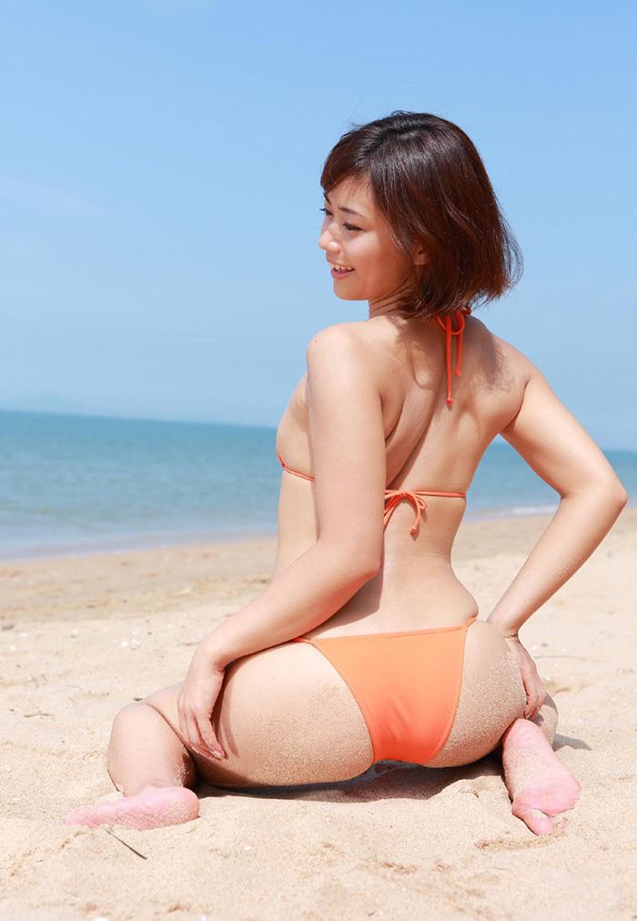 【ビキニエロ画像】下着とどこが違うの?ビキニ水着ってまるっきり下着じゃね? 43