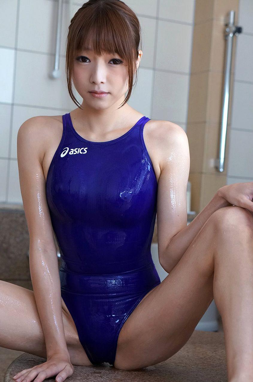 【競泳水着エロ画像】こんなエロい水着が競泳用だというからオドロキwww 11